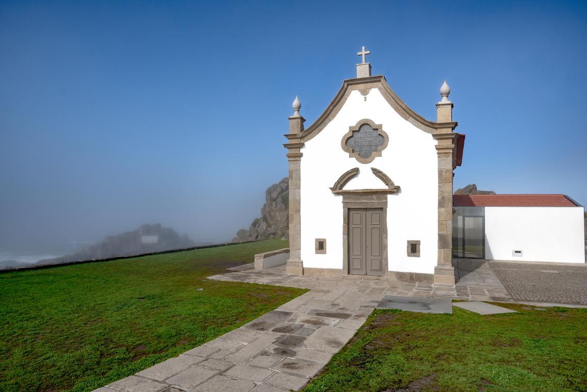 capela da boa nova leça da palmeira granito exteriores helio monteiro portugal